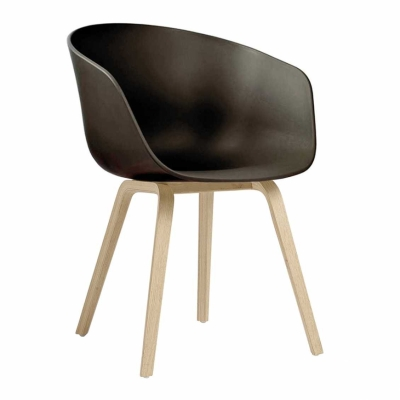 About A Chair AAC22 - Lacquered Base